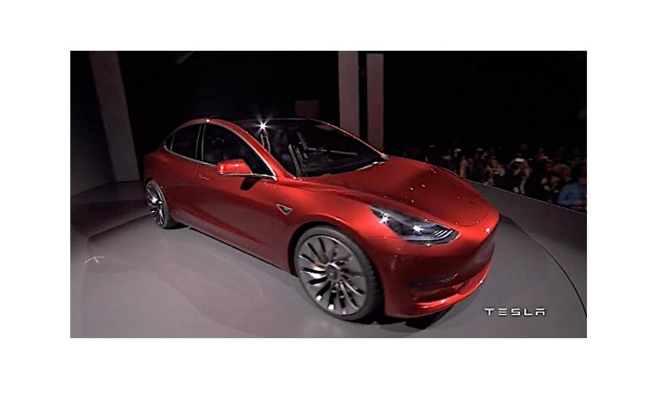 tesla derni res informations sur le model 3 et quelques surprises forbes france. Black Bedroom Furniture Sets. Home Design Ideas