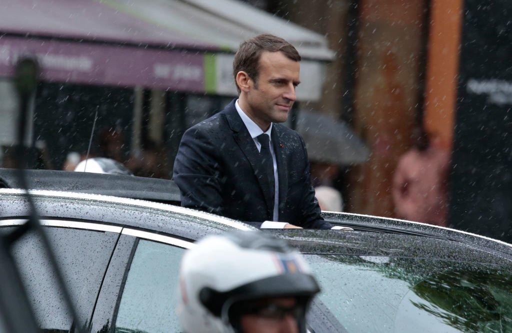 Emmanuel Macron Contraint De Reculer Sur Les Baisses D'Impôts ?