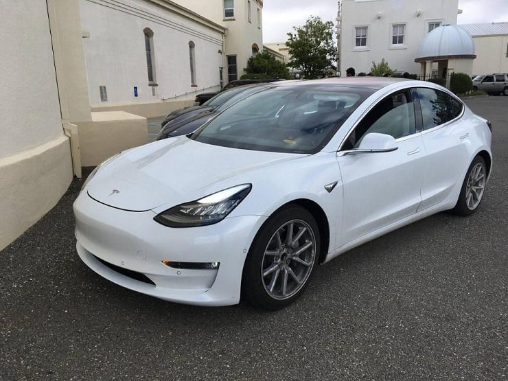 tesla model 3 les derni res nouvelles et images du mod le tesla tant attendu forbes france. Black Bedroom Furniture Sets. Home Design Ideas