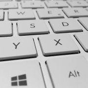 clavier ordinateur vue en profondeur