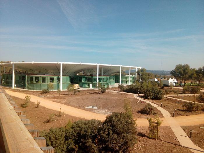 The camp un autre futur se construit en provence forbes - The camp aix en provence ...