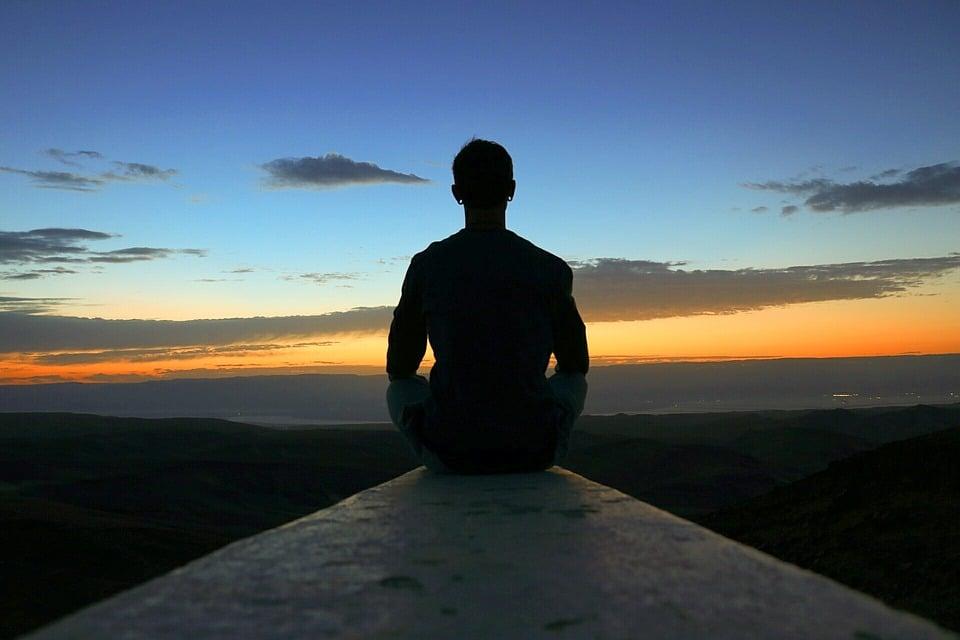 Méditation: Les 5 Obstacles À Surmonter Pour S'Améliorer