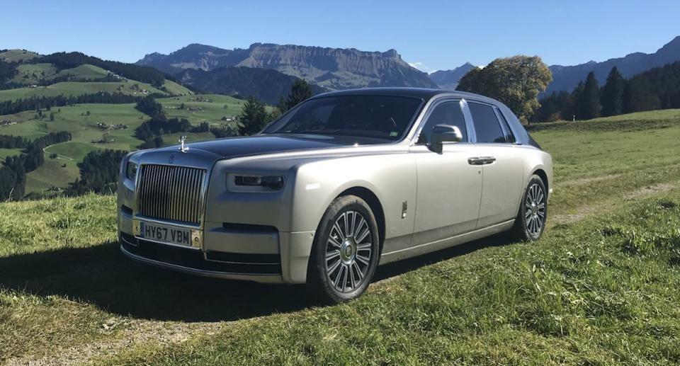 rolls royce phantom viii l 39 automobile de luxe par excellence forbes france. Black Bedroom Furniture Sets. Home Design Ideas