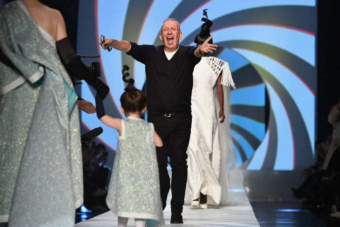 Fashion Week : Le Vibrant Hommage De Jean Paul Gaultier À Pierre Cardin | Forbes France