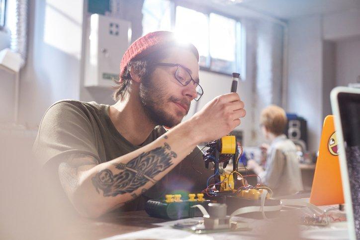 Classement Des Jeunes Inventeurs De La French Tech   Forbes France