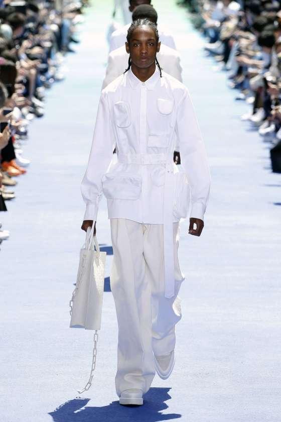 Louis Vuitton Homme Printemps-Été 2019   Les premiers Pas De Virgil ... 20204330ce2