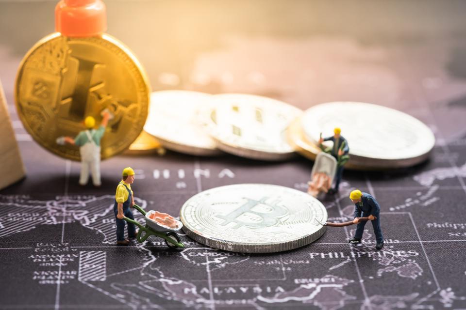 Depuis l'an dernier, le taux de hash du bitcoin (la puissance de calcul utilisée par le réseau bitcoin pour miner) est monté en flèche.
