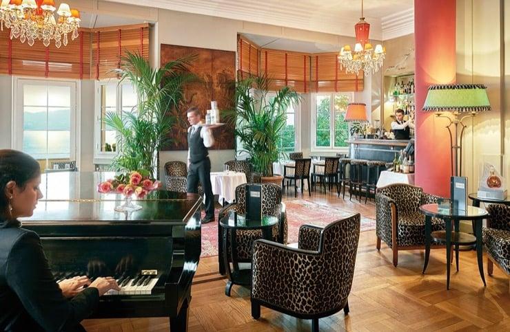 L'hôtel Belles Rives : Un Spot Mythique Qui Vous Fait Revivre Les Années 1930
