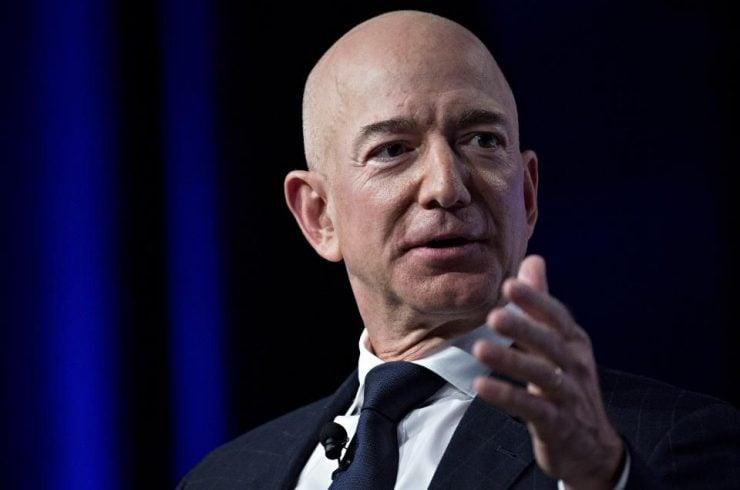 Jeff Bezos crée un fonds de 100 millions pour aider les sans-abri