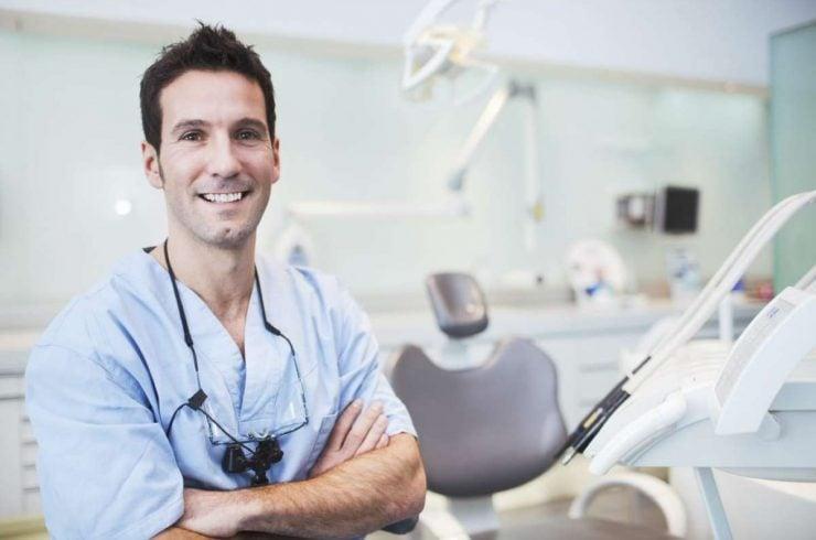 dentiste dentego dans un cabinet dentaire