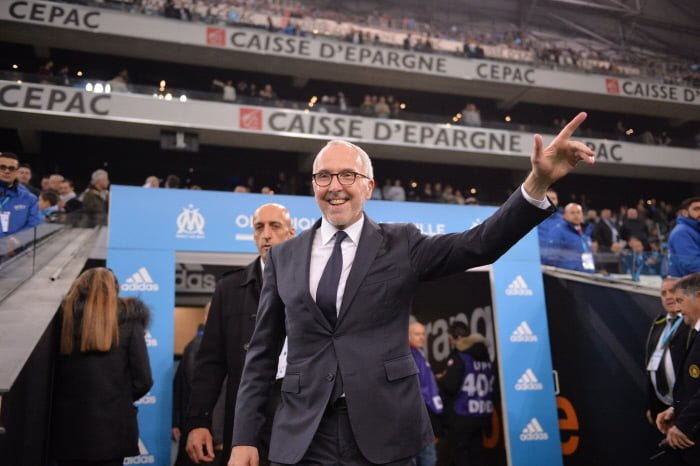Frank McCourt, propriétaire américain du club, au stade Vélodrome de Marseille.