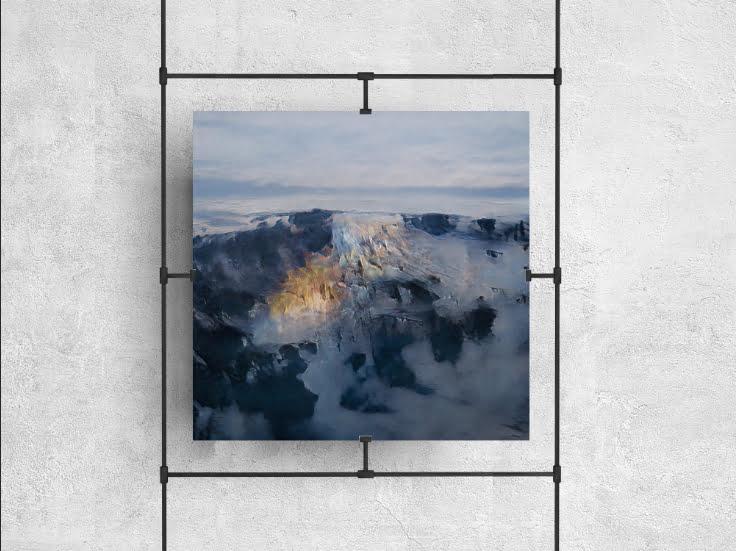 Love, 2021, Energy of the Earth, Amplified. Generative Adversarial Networks en collaboration avec le photographe Stas Bartnikas, imprimé sur papier photo. Crédit photo : Obvious