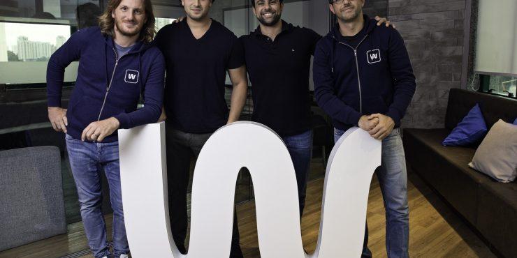 Loïc Soubeyrand, CEO de Swile avec Eduardo Haidar, Raphael Machioni et Marcelo Ramos, fondateurs de la start-up brésilienne Vee Benefícios / Photo: José Barbosa